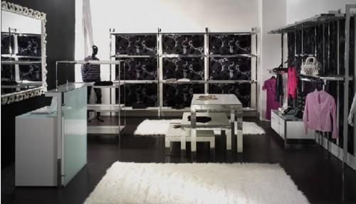 Arredamenti abbigliamento for Arredamenti per negozi abbigliamento